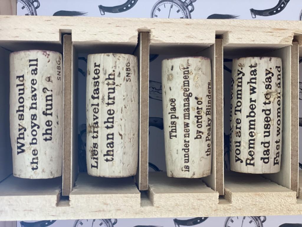 Bouchons-peaky-blinders-vignobles-bardet